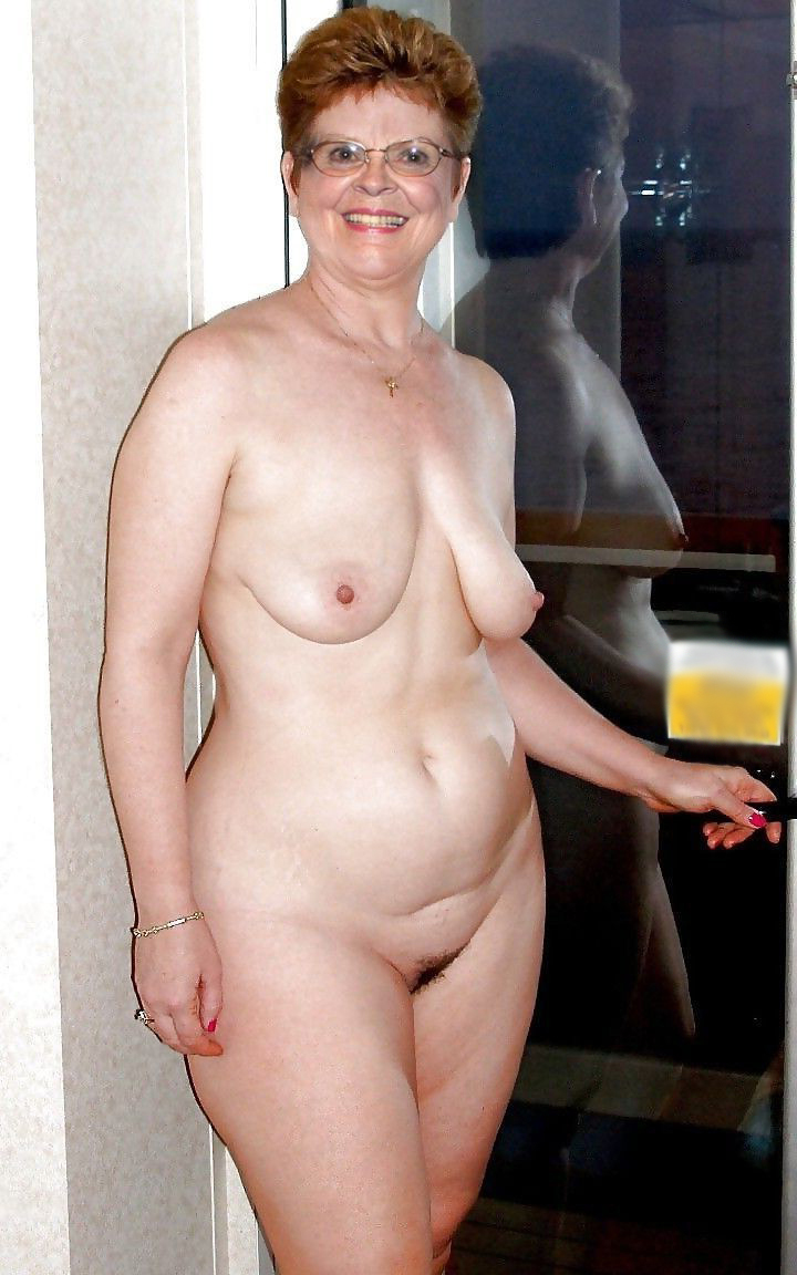 Naked women picture galleries