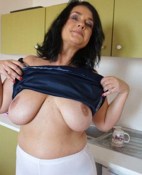 Vagina pearsing naked