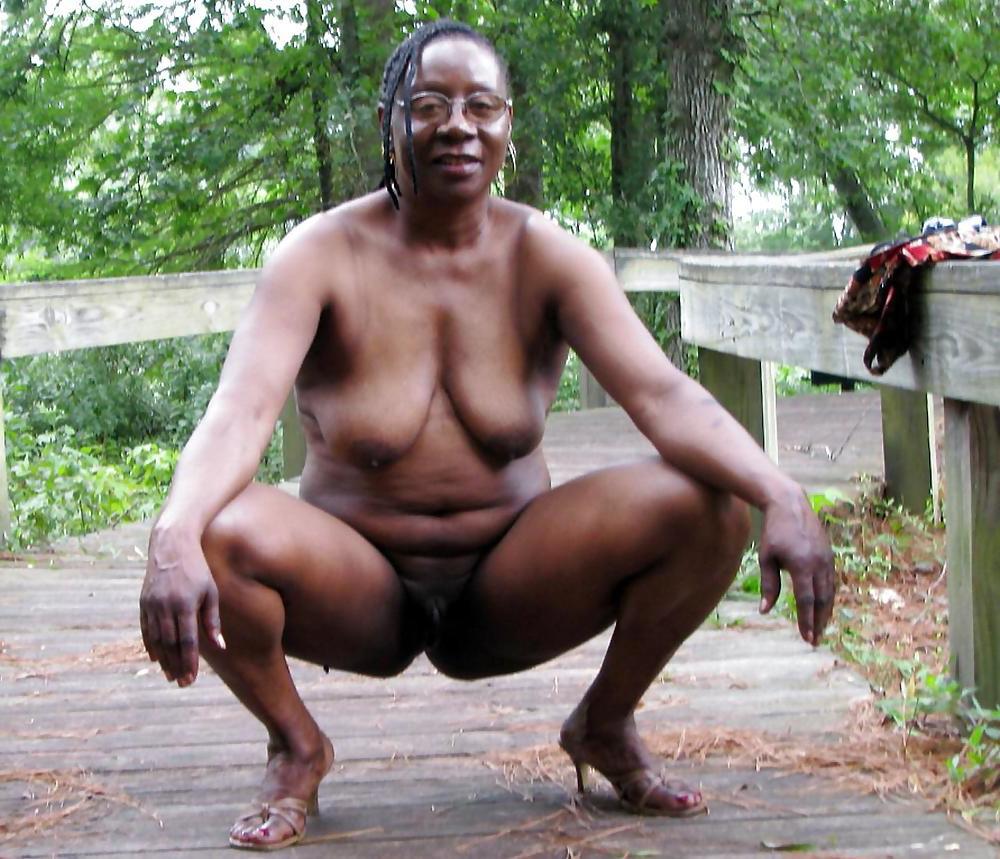 Jessica alba sexy naked gifs
