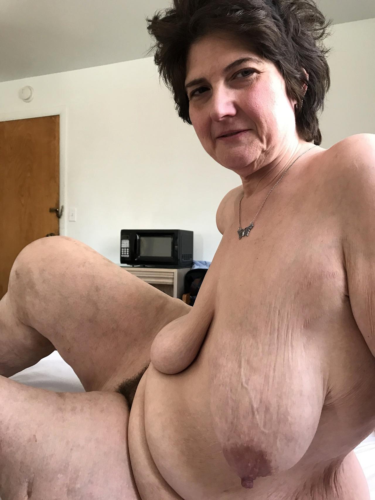 ebony cougar sex