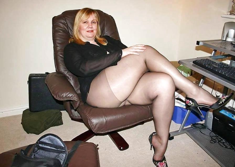 Teen naked big bottom