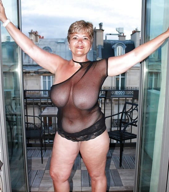 Curvy Huge Tits Bbw Fucked