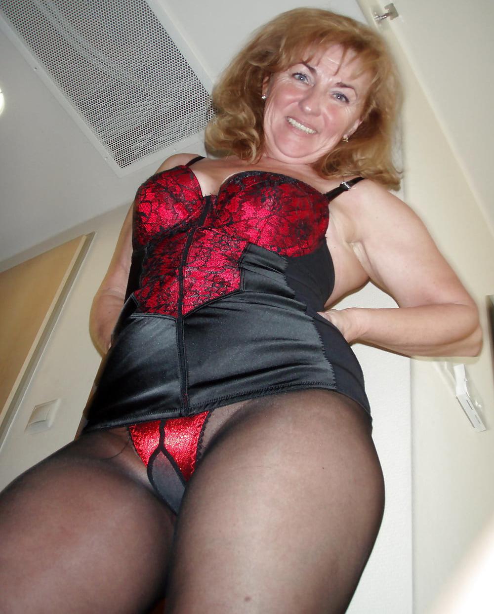 Woman licks man ass