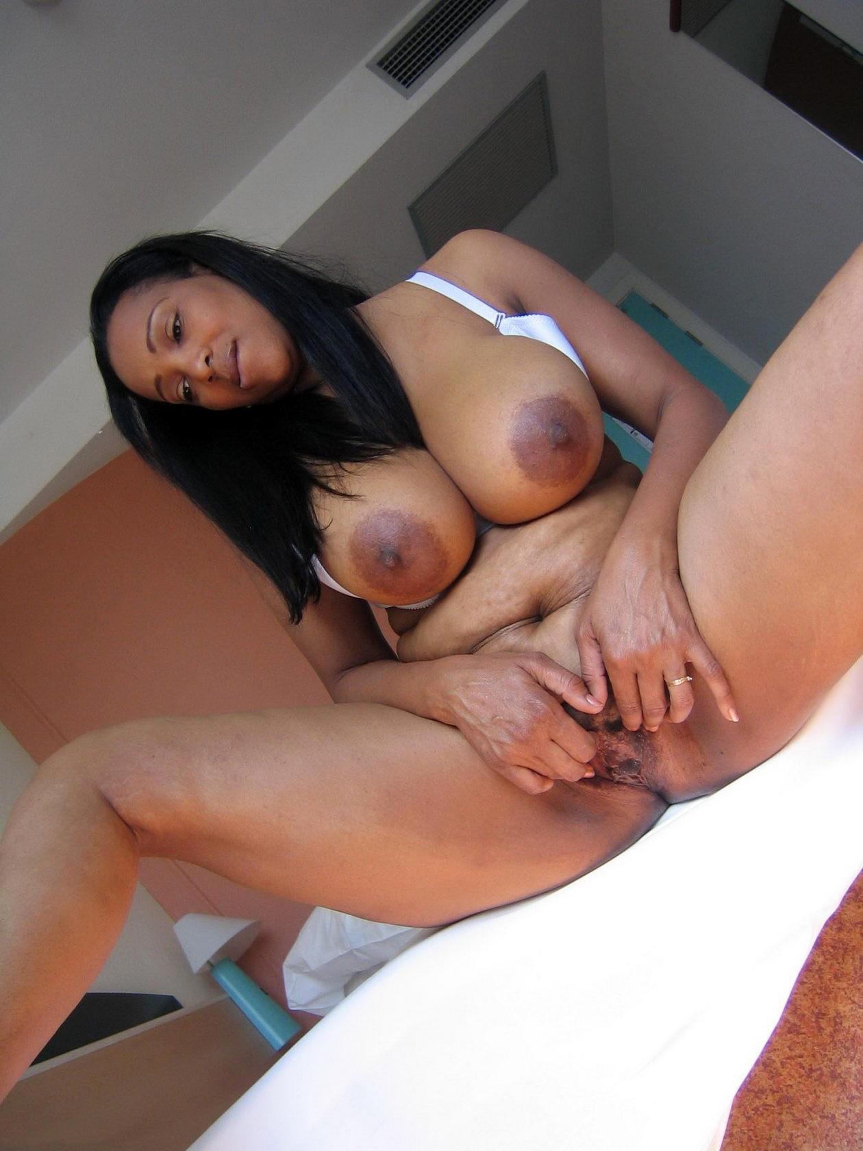 Amateur Ebony Mature Bbw