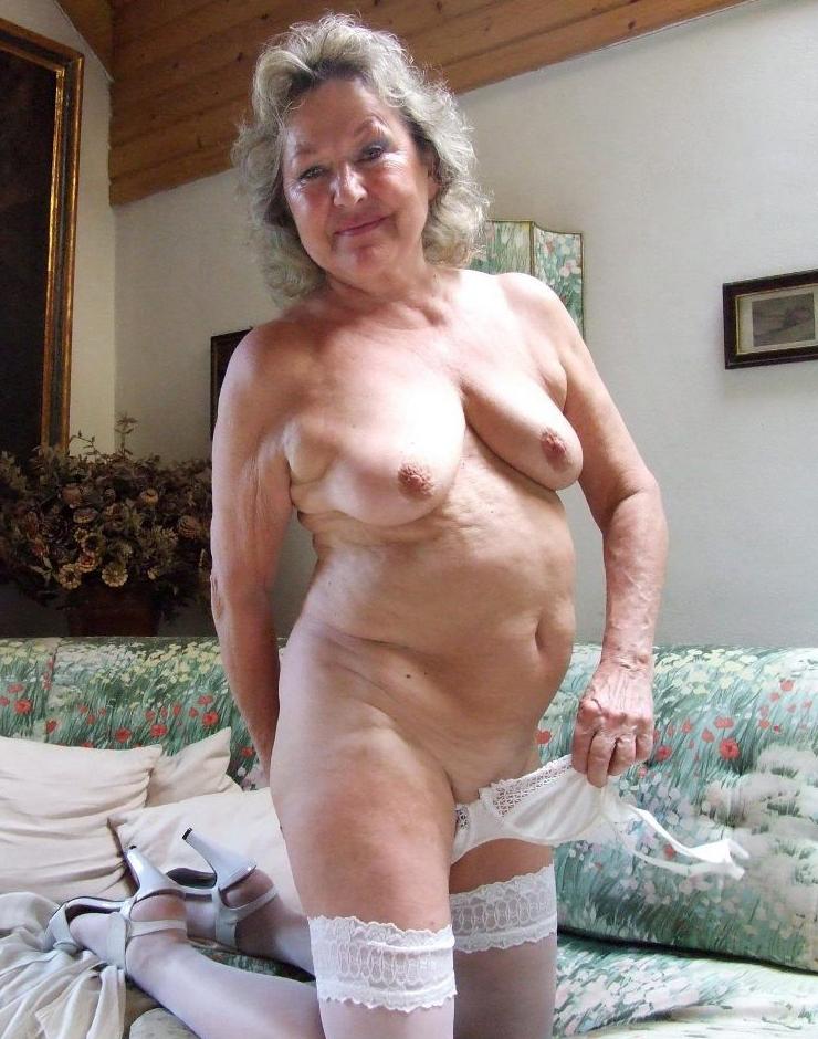 Naked Hot Grannies