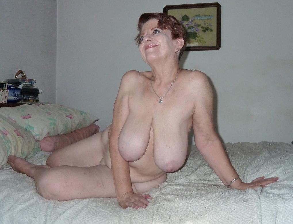 Mia tyler naked pics