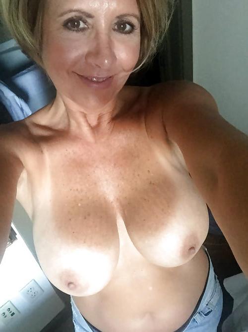 Fuckin your nude girlfriend