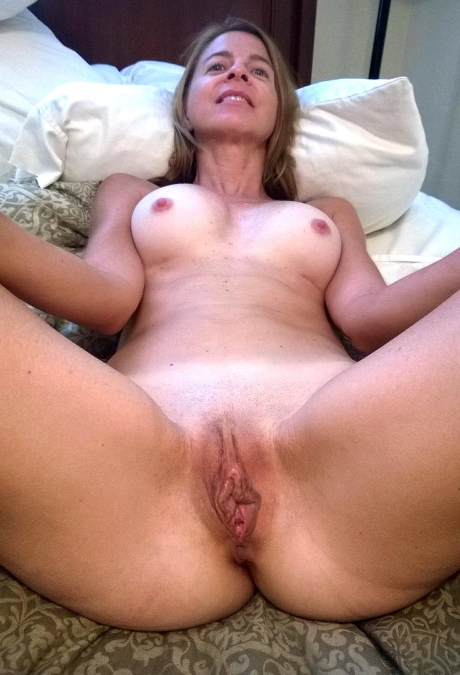 Real amateur porn cumshots