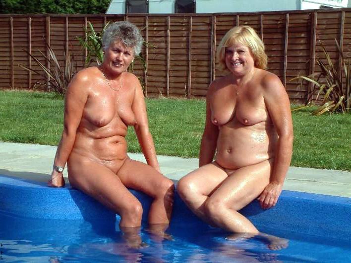 60 milf Nude Oldies
