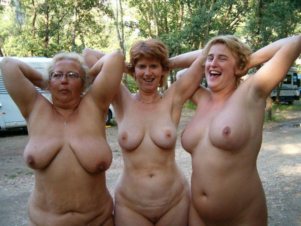 Nude amateur mature Mature Nudes