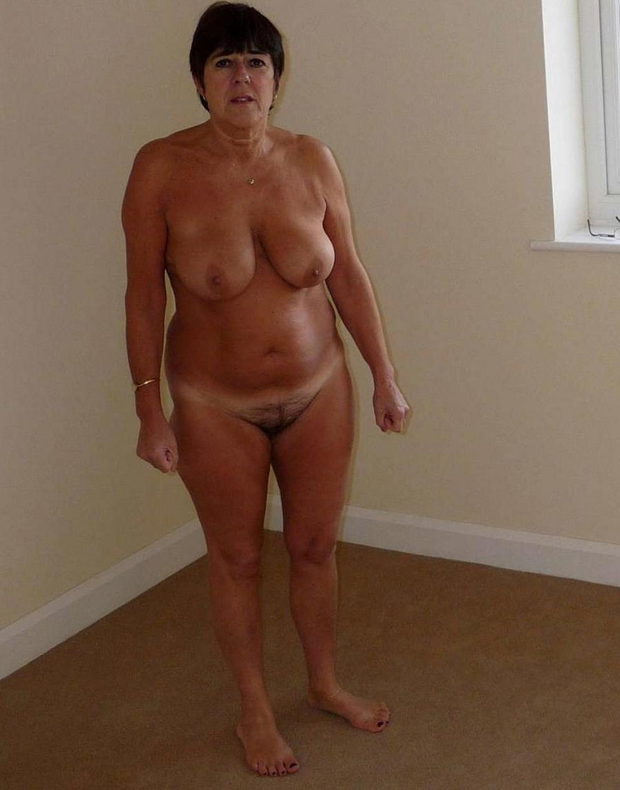 Curvy Tits Pics