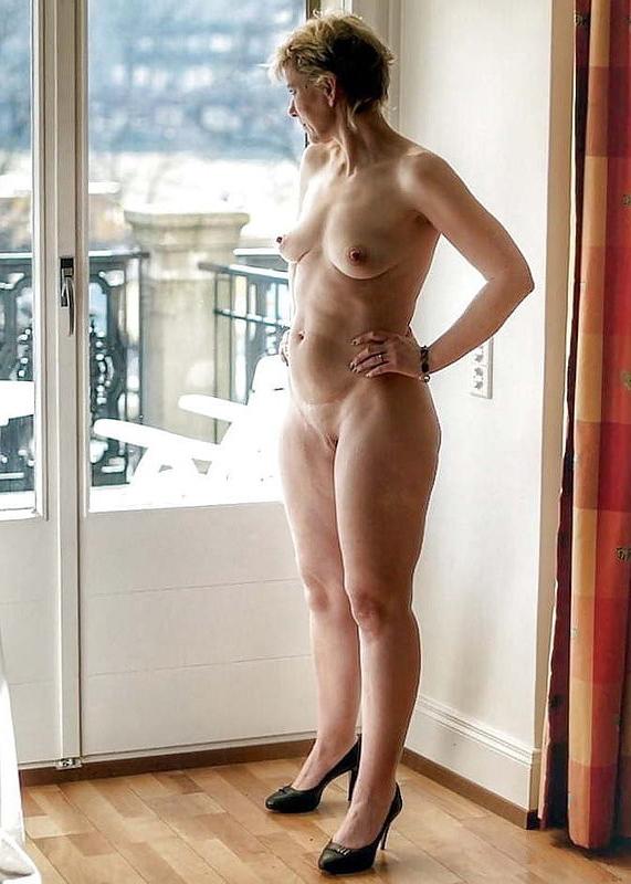 Naked Mature Curvy