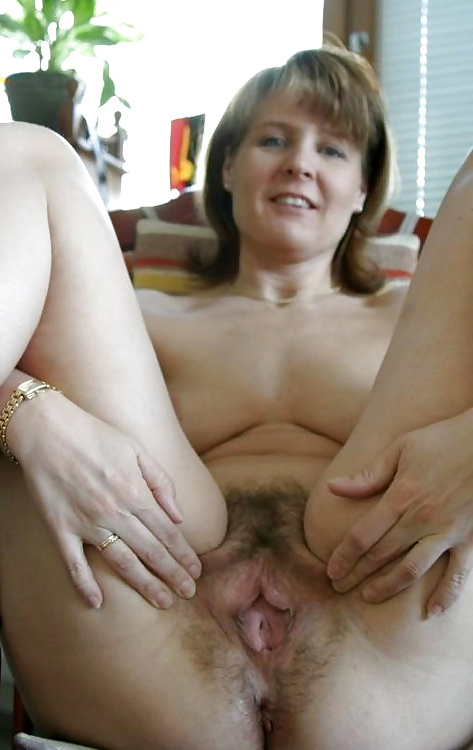 Lesbian Eating Pussy Homemade