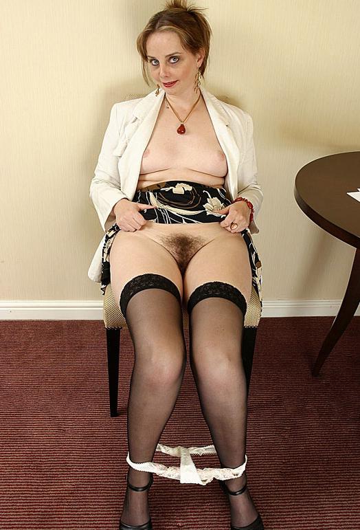 Mature stockings pics